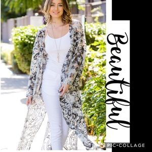Absolutely Gorgeous! Sheer Duster- Abstract Print
